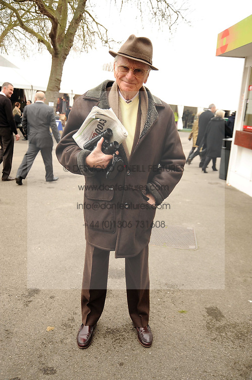 SIR PETER O'SULLEVAN at the 2008 Hennessy Gold Cup held at Newbury racecourse, Berkshire on 29th November 2008.<br /> <br /> NON EXCLUSIVE - WORLD RIGHTS