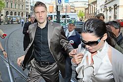 28.10.2010, Greater Manchester, London, ENG, PL, Ivan Klasnic vorläufig festgenommen, Der ehemalige Stürmer von Werder Bremen und aktueller Spieler der Bolton Wanderers Ivan Klasnic wurde vorläufig festgenommen, wie britische Medien berichten. Demnach wird Klasnic verdächtigt, ein jugendliches Mädchen in Manchester vergewaltigt zu haben. Die Festnahme habe schon am Montag statt gefunden, Klasnic sei wieder auf freiem Fuß. Allerdings kann die britische Polizei ihn zu jeder Zeit zu weiteren Befragungen heranziehen. . ArchivFoto vom 14.09.2009, EXPA Pictures © 2010, PhotoCredit: EXPA/ nph/ Arend  +++++ ATTENTION - OUT OF GERAMANY / GER +++++