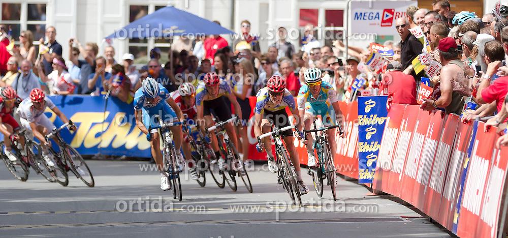 01.07.2012, Innsbruck, AUT, 64. Oesterreich Rundfahrt, 1. Etappe, EZF Innsbruck, im Bild Zieleinfahrt zur 1. Etape mit Sieger Alessandro Bazzana (ITA)  during the 64rd Tour of Austria, Stage 1, Individual time trial in Innsbruck, Austria on 2012/07/01