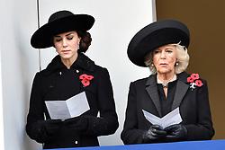 Catherine, Herzogin von Cambridge and Camilla, Herzogin von Cornwall beim Remembrance Sunday in London / 131116 *** Remembrance Sunday, London, 13 Nov 2016 ***