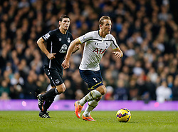 - Photo mandatory by-line: Rogan Thomson/JMP - 07966 386802 - 30/11/2014 - SPORT - FOOTBALL - London, England - White Hart Lane - Tottenham Hotspur v Everton - Barclays Premier League.