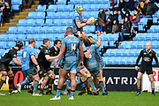 Wasps back row Thomas Young (7) wins a line out during the Aviva Premiership match between Wasps and London Irish at the Ricoh Arena, Coventry, England on 4 March 2018. Picture by Dennis Goodwin.