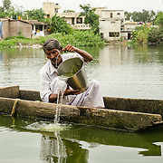 CAPTION: Nutrient regeneration efforts have been initiated to improve water quality with increased oxygen levels. LOCATION: Lasuriya Mori, Indore, Madhya Pradesh, India. INDIVIDUAL(S) PHOTOGRAPHED: Munna Rekwal.