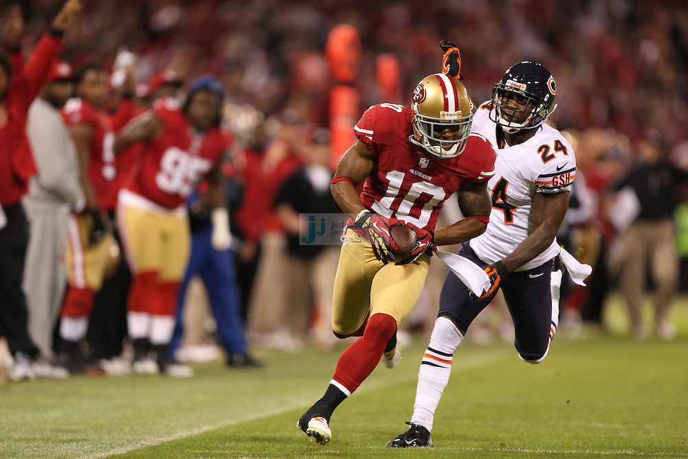 San Francisco 49ers wide receiver Kyle Williams (10) catches a pass against the Chicago Bears cornerback Kelvin Hayden (24) during an NFL game on Monday Nov. 19, 2012 in San Francisco, CA.  (photo by Jed Jacobsohn)