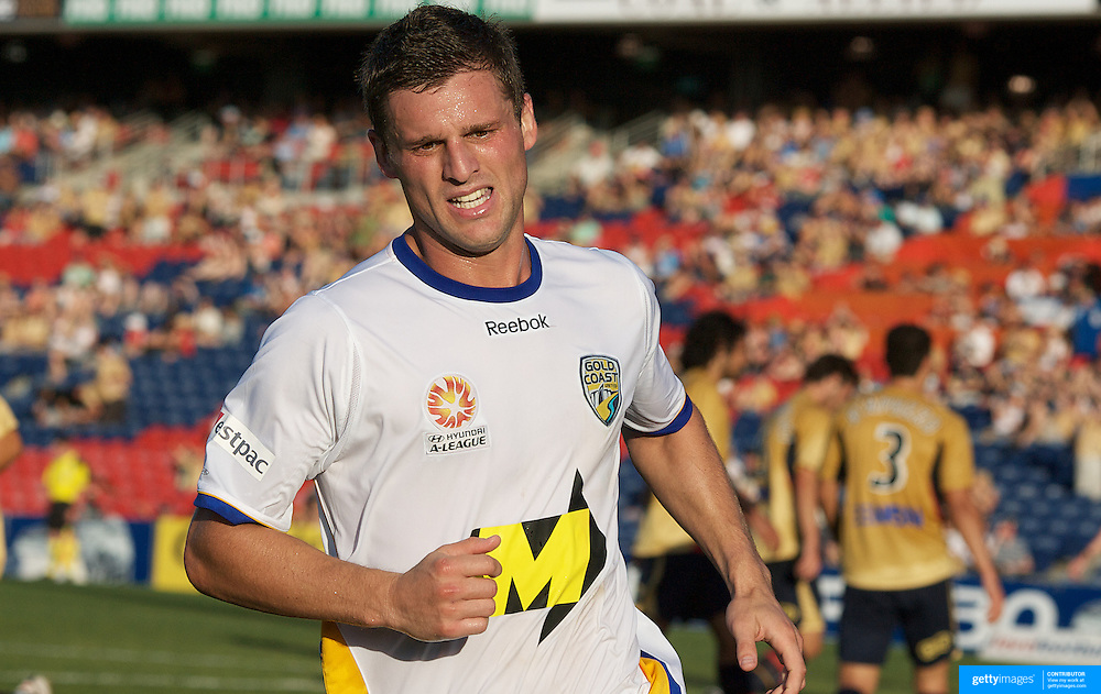 Jason Culina in action during the Newcastle Jets V Gold Coast United A-League match at Energy Australia Stadium, Newcastle, Australia, 13 December 2009. Photo Tim Clayton