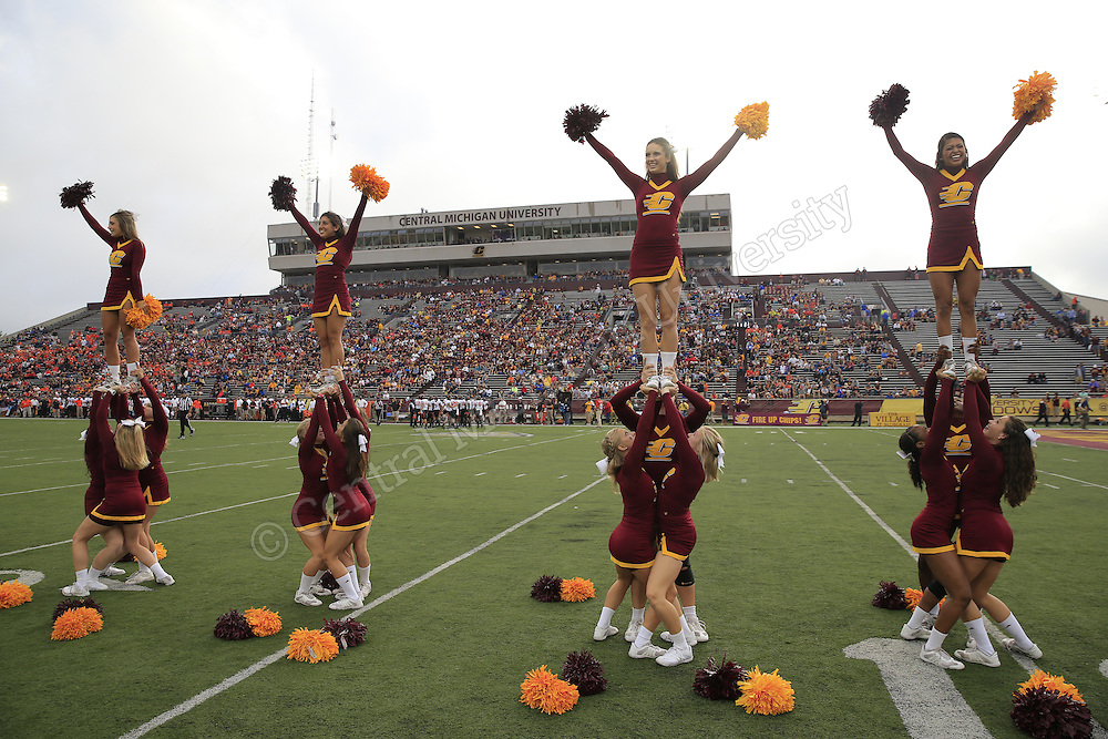 Central Michigan University head football coach John Bonamego coached his first game vs. Oklahoma St. at Kelly/Shorts Stadium at Central Michigan University on September 3, 2015. Photos by Steve Jessmore/Central Michigan University