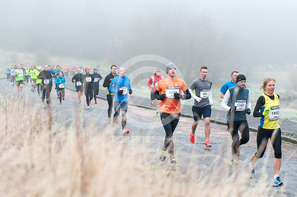 Action from the PureGym Great Edinburgh Winter Run. Photo: Paul J Roberts / RobertsSports Photo. All Rights Reserved