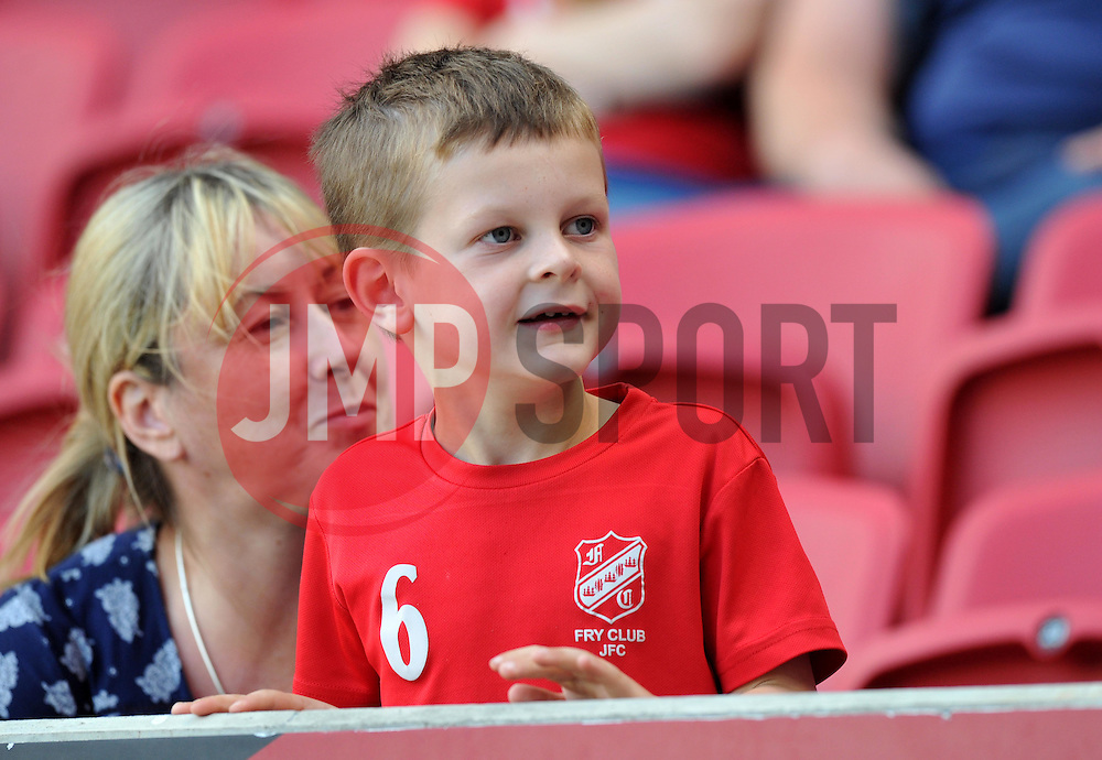 Spectator at the Sky Bet Championship match between Bristol City and Derby County - Mandatory by-line: Paul Knight/JMP - 17/09/2016 - FOOTBALL - Ashton Gate Stadium - Bristol, England - Bristol City v Derby County - Sky Bet Championship