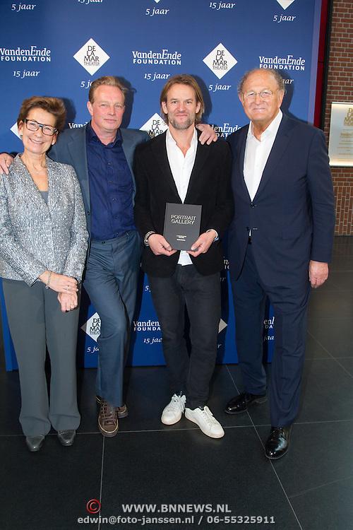 NLD/Amsterdam/20151123 - 5 jaar Delamar theater en 10 Jaar Van den Ende Foundation viering, Jasper Krabbe en Jeroen Krabbe en ..............