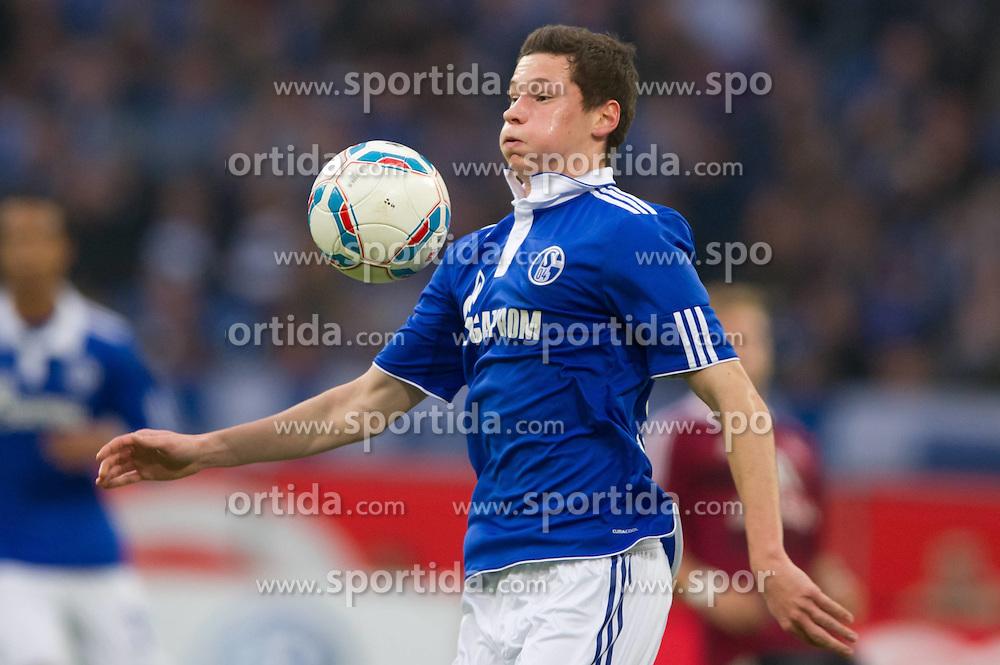 19.11.2011, Veltins Arena, Gelsenkirchen, GER, 1. FBL, FC Schalke 04 vs 1. FC Nuernberg, im Bild Julian Draxler (#31 Schalke) // during FC Schalke 04 vs. 1. FC Nuernberg at Veltins Arena, Gelsenkirchen, GER, 2011-11-19. EXPA Pictures © 2011, PhotoCredit: EXPA/ nph/ Kurth..***** ATTENTION - OUT OF GER, CRO *****