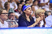 DESCRIZIONE : Campionato 2014/15 Serie A Beko Grissin Bon Reggio Emilia - Dinamo Banco di Sardegna Sassari Finale Playoff Gara7 Scudetto<br /> GIOCATORE : Geppi Cucciari<br /> CATEGORIA : Tifosi Pubblico Spettatori VIP<br /> SQUADRA : Dinamo Banco di Sardegna Sassari<br /> EVENTO : LegaBasket Serie A Beko 2014/2015<br /> GARA : Grissin Bon Reggio Emilia - Dinamo Banco di Sardegna Sassari Finale Playoff Gara7 Scudetto<br /> DATA : 26/06/2015<br /> SPORT : Pallacanestro <br /> AUTORE : Agenzia Ciamillo-Castoria/L.Canu