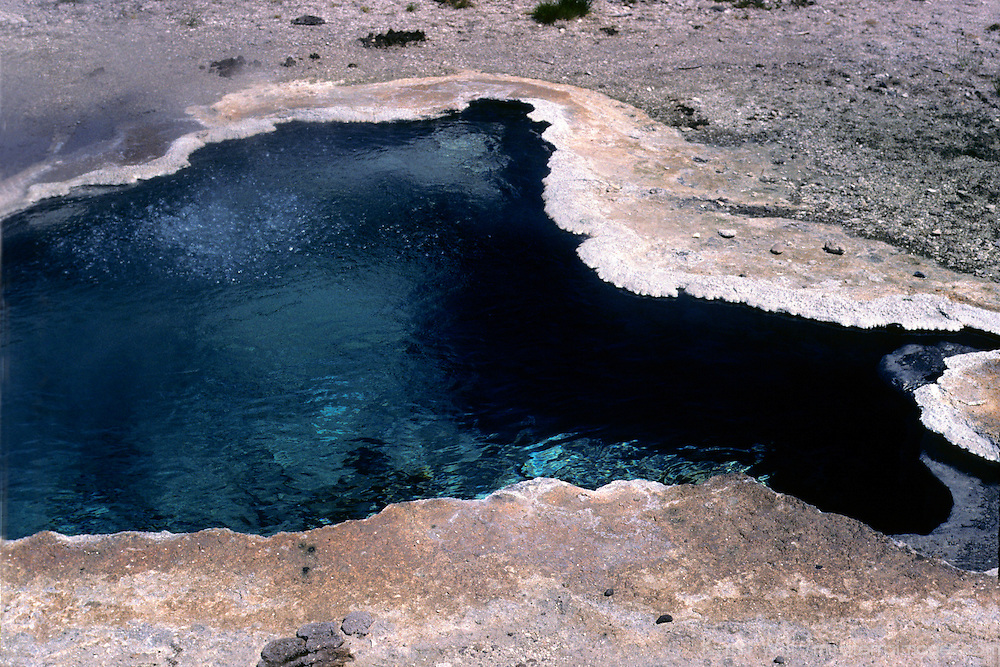 North America, USA, United States, Wyoming, Yellowstone National Park.  A geothermal pool.