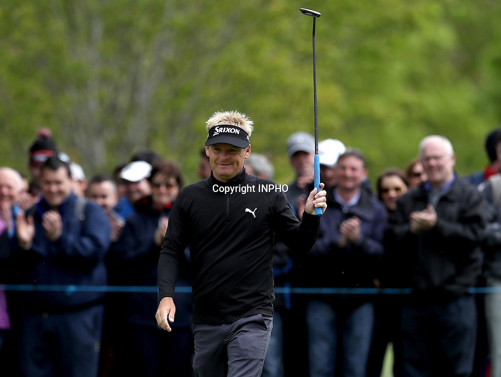 2016 Dubai Duty Free Irish Open Day 2, The K Club, Co. Kildare 20/5/2016<br /> Soren Kjeldson acknowledges the crowd after putting a birdie on the 6th hole<br /> Mandatory Credit &copy;INPHO/Ryan Byrne