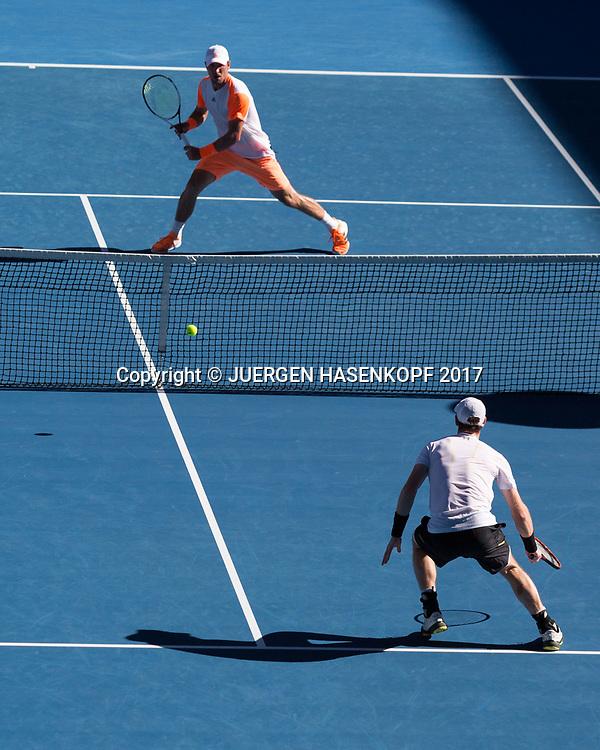 vorne ANDY MURRAY (GBR) und MISCHA ZVEREV (GER)<br /> <br /> Australian Open 2017 -  Melbourne  Park - Melbourne - Victoria - Australia  - 22/01/2017.
