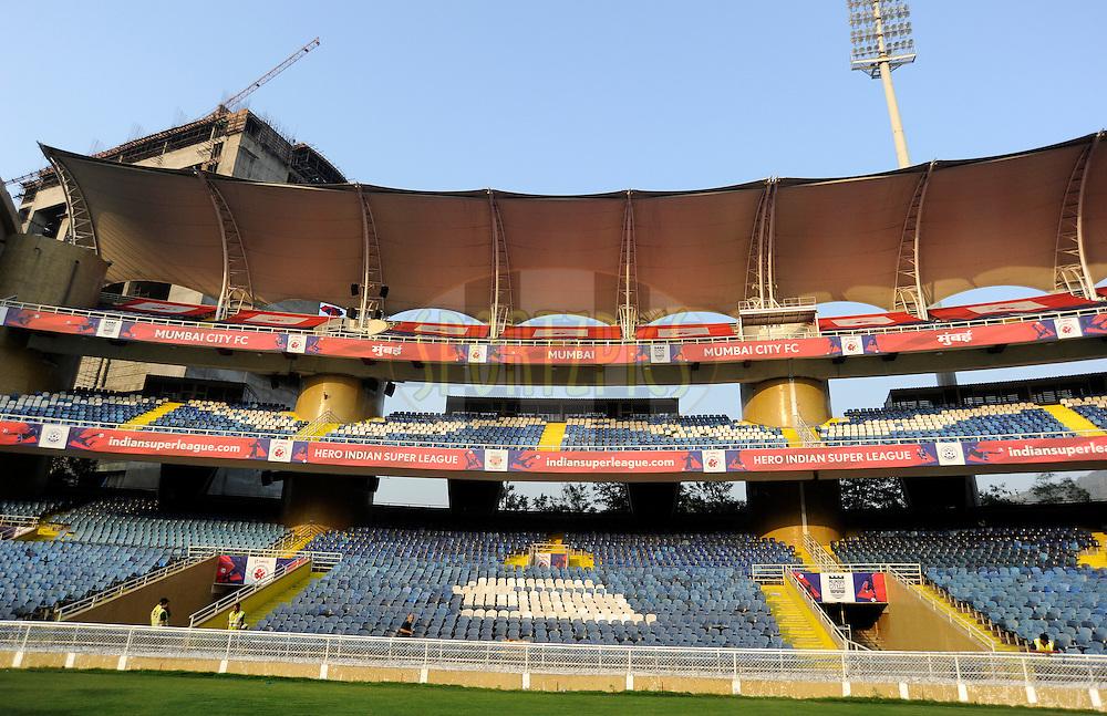 360 degree of stadium during match 43 of the Indian Super League (ISL) season 2  between Chennaiyin FC and Kerala Blasters FC held at the Jawaharlal Nehru Stadium, Chennai, Tamil Nadu, India on the 21st November 2015.<br /> <br /> Photo by Pal Pillai / ISL/ SPORTZPICS