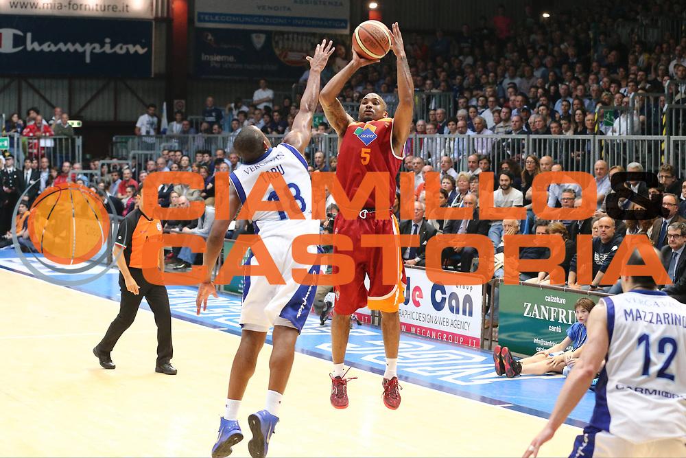 DESCRIZIONE : Cant&ugrave; Lega A 2012-13 Lenovo Cant&ugrave; Acea Virtus Roma playoff semifinali<br /> GIOCATORE : Phil Goss<br /> CATEGORIA : Tiro<br /> SQUADRA : Acea Virtus Roma<br /> EVENTO : Campionato Lega A 2012-2013<br /> GARA :  Cant&ugrave; Lega A 2012-13 Lenovo Cant&ugrave; Acea Virtus Roma <br /> DATA : 31/05/2013<br /> SPORT : Pallacanestro <br /> AUTORE : Agenzia Ciamillo-Castoria/G.Cottini<br /> Galleria : Lega Basket A 2012-2013  <br /> Fotonotizia : Cant&ugrave; Lega A 2012-13 Cant&ugrave; Lega A 2012-13 Lenovo Cant&ugrave; Acea Virtus Roma playoff semifinali<br /> Predefinita :