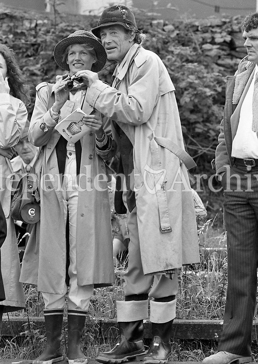 Actor Peter O'Toole at the Connemara horse show in 1983. <br /> (Part of the Independent Newspapers Ireland/NLI collection.)
