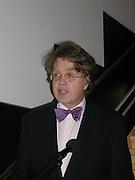 Merlin Holland, grandson of Oscar Wilde. Oscar Wilde ehibition. British Library. 9/11/00 © Copyright Photograph by Dafydd Jones 66 Stockwell Park Rd. London SW9 0DA Tel 020 7733 0108 www.dafjones.com