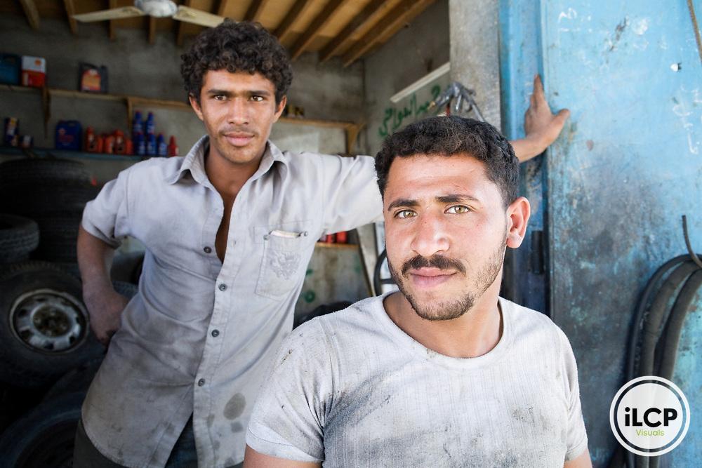 Mechanics in shop, Al Ghaydah, Yemen