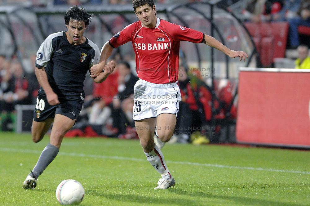 19-10-2006 VOETBAL: UEFA CUP: AZ - SPORTING BRAGA: ALKMAAR<br /> AZ versloeg de Portugese topclub Sporting Braga in de groepsfase van de UEFA-beker overtuigend met 3-0 / Rogier Molhoek<br /> &copy;2006-WWW.FOTOHOOGENDOORN.NL