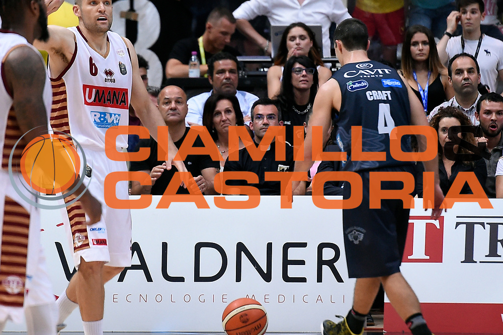 prete<br /> Dolomiti Energia Aquila Basket Trento - Umana Reyer Venezia<br /> Lega Basket Serie A 2016/2017<br /> Playoff, finale gara 3<br /> Trento, 14/06/2017<br /> Foto M.Ceretti / Ciamillo-Castoria