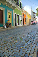 Cobblestoned streets and pictureseque architecture at Calle San Sebastián