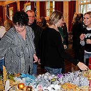 NLD/Amsterdam/20111208- Sky Radio Christmas tree for Charity, Wilma Nanninga en Tanja Jess