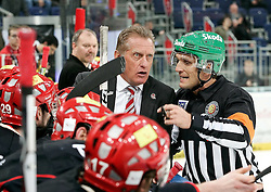 20.04.2010, TUI Arena, Hannover, GER, DEL, Hannover Scorpions vs Augsburger Panther, Play Off, im Bild Trainer Hans Zach (Trainer Hannover) im gespraech mit dem Schiedsrichter. EXPA Pictures © 2010, PhotoCredit: EXPA/ nph/  Schrader / SPORTIDA PHOTO AGENCY