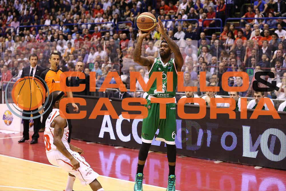 DESCRIZIONE : Milano Lega A 2012-13 EA7 Emporio Armani Milano Montepaschi Siena playoff quarti di finale<br /> GIOCATORE : Bobby Brown<br /> CATEGORIA : Tiro<br /> SQUADRA : Montepaschi Siena<br /> EVENTO : Campionato Lega A 2012-2013<br /> GARA : EA7 Emporio Armani Milano Montepaschi Siena<br /> DATA : 22/05/2013<br /> SPORT : Pallacanestro <br /> AUTORE : Agenzia Ciamillo-Castoria/G.Cottini<br /> Galleria : Lega Basket A 2012-2013  <br /> Fotonotizia : Milano Lega A 2012-13 EA7 Emporio Armani Milano Montepaschi Siena playoff quarti di finale<br /> Predefinita :