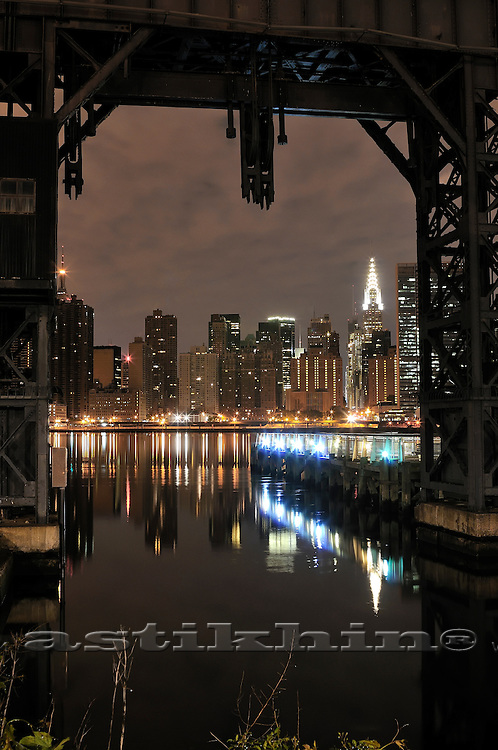 Manhattan from Gantry Plaza State Park in Long Island City