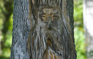 20020910 Bud Gray Woodcarving