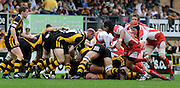 Wycombe, GREAT BRITAIN, Wasps', Lawrence DALLAGLIO, breaks from the back of the scrum,during the first half of the Guinness Premiership game, London Wasps vs Gloucester Rugby, Sun. 04.05.2008 [Mandatory Credit Peter Spurrier/Intersport Images]