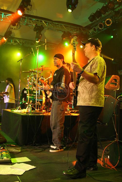 JB & Groove Fiery at Winterfest '10, Snoqualmie Casino.