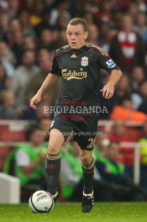 LONDON, ENGLAND - Wednesday, October 28, 2009: Liverpool's Jay Spearing in action against Arsenal during the League Cup 4th Round match at Emirates Stadium. (Photo by David Rawcliffe/Propaganda)