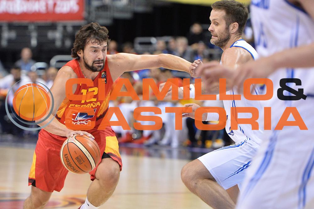 DESCRIZIONE : Berlino Berlin Eurobasket 2015 Group B Spain Iceland<br /> GIOCATORE : Sergio Llull<br /> CATEGORIA :Penetrazione sequenza<br /> SQUADRA : Spain<br /> EVENTO : Eurobasket 2015 Group B <br /> GARA : Spain Iceland<br /> DATA : 09/09/2015 <br /> SPORT : Pallacanestro <br /> AUTORE : Agenzia Ciamillo-Castoria/Mancini Ivan<br /> Galleria : Eurobasket 2015 <br /> Fotonotizia : Berlino Berlin Eurobasket 2015 Group B Spain Iceland