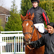 Scottish Glen and Jim Crowley winning the 12.50 race