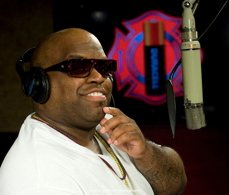 """Cee Lo Green pays tribute to volunteer firefighters with his recording of """"Thank You,"""" an anthem for Duracell's Power Those Who Protect Us program, in West Hollywood, Calif.  When consumers purchase specially marked coppertop packs, Duracell will make a battery donation to volunteer fire departments to power communication devices and life saving equipment. Photo/Duracell, Susan Goldman."""
