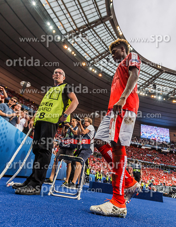 22.06.2016, Stade de France, St. Denis, FRA, UEFA Euro 2016, Island vs Oesterreich, Gruppe F, im Bild David Alaba (AUT) // David Alaba (AUT) during Group F match between Iceland and Austria of the UEFA EURO 2016 France at the Stade de France in St. Denis, France on 2016/06/22. EXPA Pictures © 2016, PhotoCredit: EXPA/ JFK
