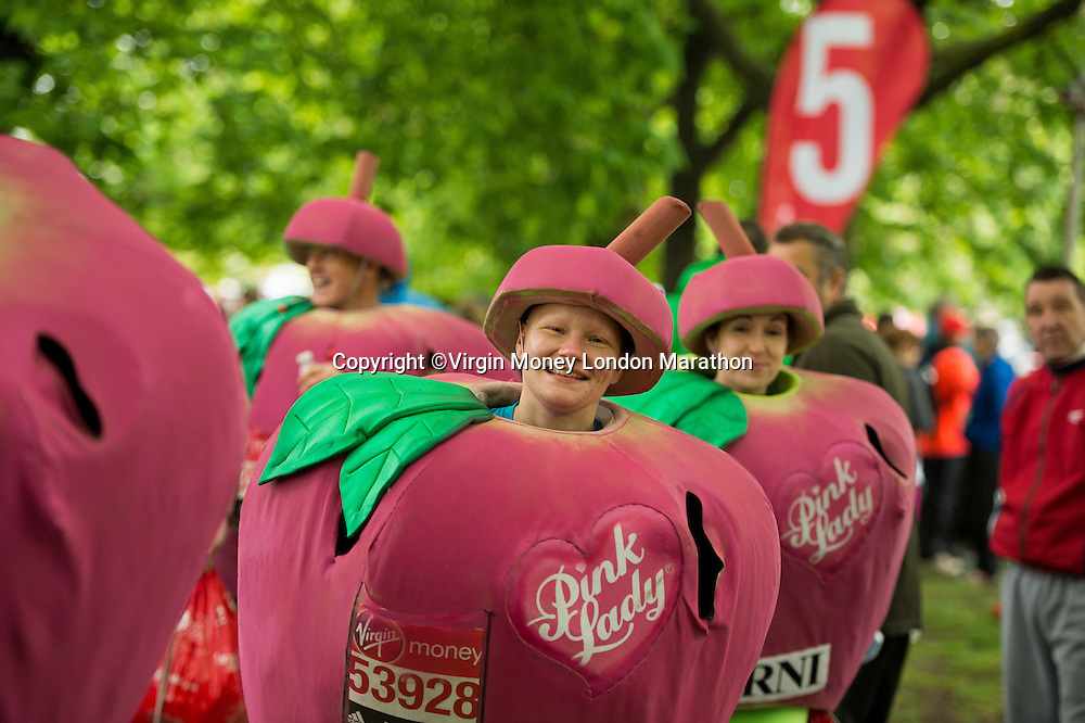 The mass Red Start in Greenwich park for The Virgin Money London Marathon, Sunday 26th April 2015.<br /> <br /> Thomas Lovelock for Virgin Money London Marathon<br /> <br /> For more information please contact Penny Dain at pennyd@london-marathon.co.uk
