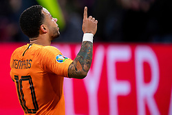 24-03-2019 NED: UEFA Euro 2020 qualification Netherlands - Germany, Amsterdam<br /> Netherlands lost the match 3-2 in the last minute / Memphis Depay #10 of The Netherlands scores the 2-2