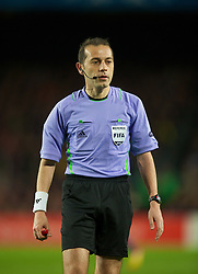 BARCELONA, SPAIN - Tuesday, April 24, 2012: Turkish referee Cuneyt Cakir takes charge of FC Barcelona versus Chelsea during the UEFA Champions League Semi-Final 2nd Leg match at the Camp Nou. (Pic by David Rawcliffe/Propaganda)
