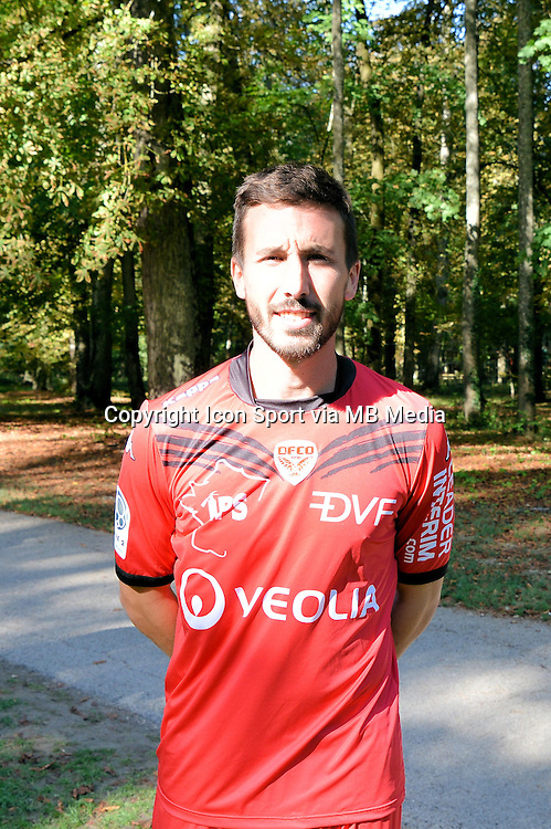 Romain Amalfitano  - 07.09.2015 - Photo Officielle de Dijon - ligue 2<br /> Photo : Vincent Poyet / Icon Sport