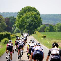 27-05-2016: Wielrennen: Boels Rental Classic: Valkenburg  <br />VALKENBURG (NED) wielrennen  <br />Vrouwenpeloton in het Limburgse landschap