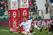 "Twickenham, Surrey United Kingdom. Canadian. Justin DOUGLAS, touches down between the posts , during the Pool C match, Canada vs Japan at the  ""2017 HSBC London Rugby Sevens"",  Saturday 20/05/2017 RFU. Twickenham Stadium, England    <br /> <br /> [Mandatory Credit Peter SPURRIER/Intersport Images]"