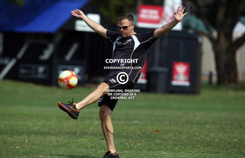 DURBAN, SOUTH AFRICA, 8 September, 2016 - Deane Macquet (Physiotherapist) during The Cell C Sharks training session at Growthpoint Kings Park in Durban, South Africa. (Photo by Steve Haag)<br /> <br /> images for social media must have consent from Steve Haag