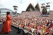"12 14 2010 -A Show - Sydney ""Oprah House"""
