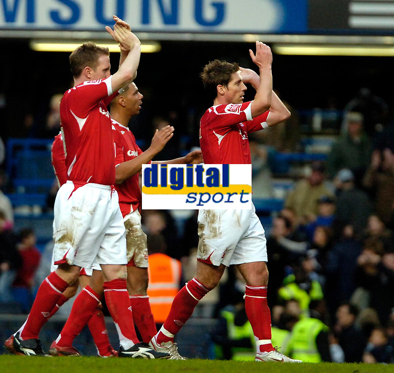 Photo: Ed Godden/Sportsbeat Images.<br /> Chelsea v Nottingham Forest. The FA Cup. 28/01/2007.<br /> Forest players applaud their travelling fans.