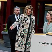 NLD/Lisse/20100317 - Prinses Maxima en Mw. Svetlana Medvedeva, vrouw van de Russische President Medvedev opening de Keukenhof 2010