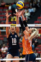 15-10-2018 JPN: World Championship Volleyball Women day 16, Nagoya<br /> Netherlands - USA 3-2 / Jordan Larson #10 of USA, Laura Dijkema #14 of Netherlands