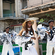 Dancers in Plaza Vieja, Old Havana